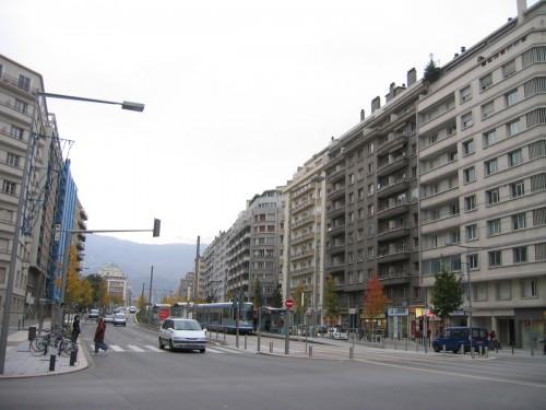 GalerieEcolo_Grenoble-apocalypse-CroissanceVerte-base-1200